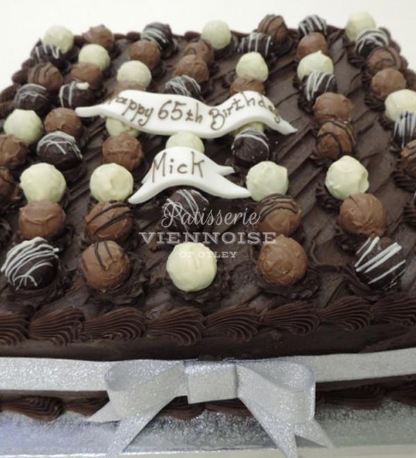 Chocolate Celebration: Image 5 (Square G2)